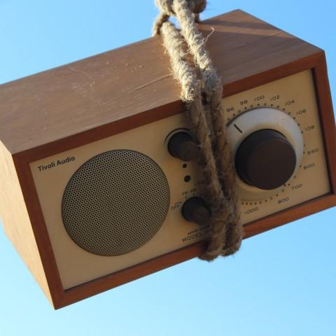 Foto Radio erhängt 1